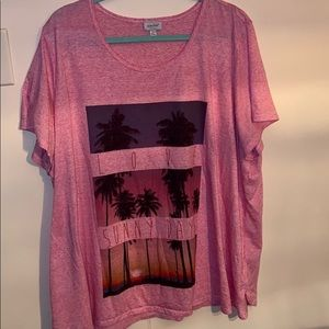 Plus size 26/28 pink shirt sleeve tee.